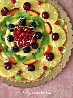 Fresh Fruit Cake, Fruit Tart, Vegan Dessert Recipes, Desert Recipes, Mini Desserts, Christmas Desserts, Persian Desserts, Food Carving, Pastry Cake