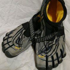 "Men's Vibram FiveFinger Barefoot Five Fingers Sm Vibram""s Sprydon. Nice, see pics Vibram Shoes Athletic Shoes"