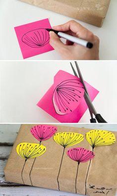 How to simply decorate your gift with some paper Come decorare semplicemente un regalo con della carta.