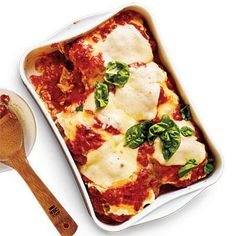 Try a Meatless Dinner with Eggplant Parmesan | Cookinglight.com