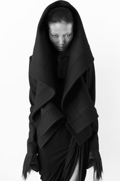 Qiu Hao layered hood  F/W 11 Serpens Collection