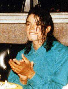 I love this man 😩 xx Boomer Michael Jackson Fotos, Mj Dangerous, Jackson Family, Jackson Bad, Janet Jackson, King Of Music, King Of My Heart, Archangel Michael, Singer