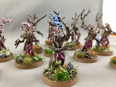 More amazing Sylvaneth Dryads, these ones from Alex W I love the natural look full of color