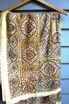 Love the colors . . . Vintage 1960s Gypsy Bedspread Indian Print