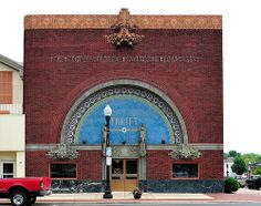 The Peoples' Federal Savings and Loan Association - Louis Sullivan, Architect