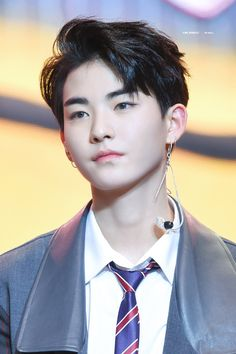 hwall the boyz Kim Sun, Pink Sparkles, Drama, Fandom, Kpop Guys, Lee Sung, I Miss Him, We The Best, Korean Celebrities