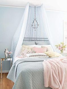 Teen Girl Bedrooms wickedly creative room decor - A fabulous resource on decorating. Filed under teen girl bedrooms themes shabby chic , image pin reference pinned on 20181215 Cool Kids Bedrooms, Teen Girl Bedrooms, Teen Bedroom, Home Decor Bedroom, Bedroom Ideas, Bedroom Designs, Blue Bedrooms, Bedroom Interiors, Bedroom Images