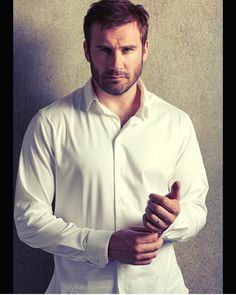 """English actor Clive Standen plays sexy bad-boy Viking """"Rollo"""" on the History Channel series """"Vikings"""" Travis Fimmel, Ben Dalhaus, Handsome Male Models, Man Crush Everyday, Look Into My Eyes, British Actors, Attractive Men, Jamie Dornan, Gorgeous Men"""