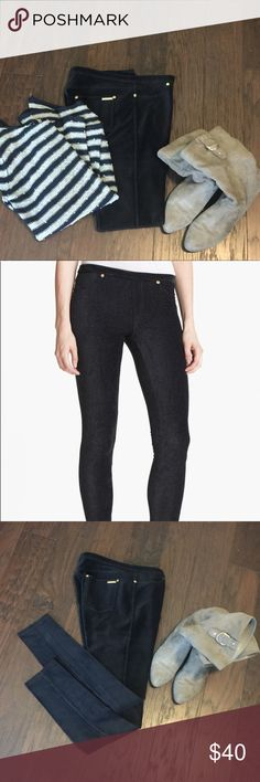 """My Chanel Kors Corduroy Skinny Pants EUC. Only worn a couple times. Dark grayish-black. 28.5"""" inseam. Waist L-R 12.5"""" (25"""" around). Waist to crotch 9.5"""".  Cleaning closets.   I dry clean all my clothes and they are all in excellent condition unless otherwise stated.   #JEWELRY #POSHMARK #BLING #RODEO #FASHIONISTA #COWGIRL #SOUTHWEST #ARIAT #AZTEC #WESTERN #CHIC #FAITH #RUNWAY #CROSS #TRIBAL #BOHO #KENDRA #NAVAJO #STELLA  #SOUTHERN #SPARKLE #CHIC 🦄💜 Michael Kors Pants Skinny"""