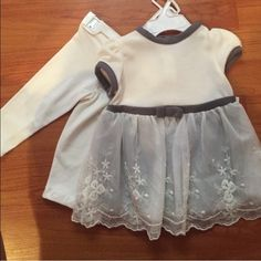 CLOSET CLEAR OUT SALE‼️ Soft dress with leggings, very cute! Carters Other