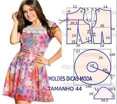 O molde vestido godé encontra-se no tamanho 44. A ilustração do molde não tem valor de costura tem que ser acrescentado.