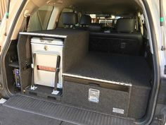 100 105 Landcruiser rear draw with low mount fridge Land Cruiser Car, Toyota Land Cruiser Prado, Toyota Fj Cruiser, Truck Bed Storage, Camping Storage, Camping Organization, Patrol Y61, Nissan Patrol, Truck Bed Camping