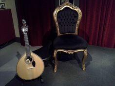 A guitarra coimbrã Chair, Furniture, Home Decor, Guitars, Decoration Home, Room Decor, Home Furnishings, Stool, Home Interior Design