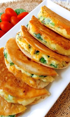 Mexican Food Recipes, Vegetarian Recipes, Cooking Recipes, Vegan Vegetarian, Skillet Recipes, Cooking Gadgets, Cooking Tools, Amazing Food Videos, Quesadilla