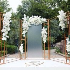 Wedding Backdrop Design, Wedding Stage Design, Desi Wedding Decor, Wedding Flower Design, Wedding Reception Backdrop, Blossom Tree Wedding, Wedding Balloon Decorations, Seating Plan Wedding, Marie