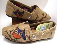 OWL Burlap TOMS Shoes #owl #burlap #TOMS