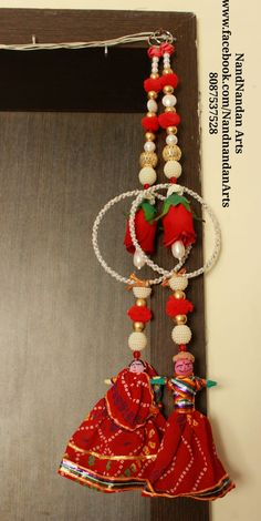 Here are 16 awesome ideas for diy Christmas decorations. Diy Crafts Hacks, Diy Crafts For Gifts, Diy Arts And Crafts, Craft Stick Crafts, Creative Crafts, Diwali Decoration Items, Diwali Decorations At Home, Door Hanging Decorations, Wall Hanging Crafts