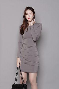 백 터들 슬림 원피스 model_korea - 2019 женская мода 및 мода. Colorful Fashion, Asian Fashion, Fashion Photo, Fashion Models, Korean Women, Beautiful Asian Girls, Tight Dresses, Asian Woman, Asian Beauty