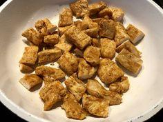 Naleśniki zapiekane z kurczakiem i pieczarkami - Blog z apetytem Dog Food Recipes, Almond, Food And Drink, Meat, Chicken, Kitchen, Blog, Pierogi, Life