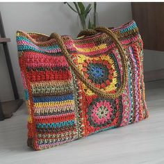 Easy Crochet Stitches, Crochet Motif, Free Crochet, Crochet Patterns, Crochet Handbags, Knitted Bags, Handmade Bags, Beautiful Bags, Purses And Handbags