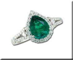 18K White Gold Brazilian Emerald and Diamond Ring