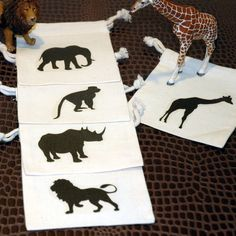 Zoo party favor bag idea