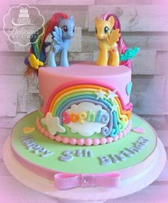 My Little Pony Cake Ideas – Rainbow Dash & Fluttershy Cake (www.deliciousbylinzi.co.uk) Twilight Sparkle, Pinkie Pie, Rainbow Dash, Rarity, Fluttershy, Applejack, Unicorn, Spike, Equestria, Ponyville, Princess Celestia, Nightmare Moon
