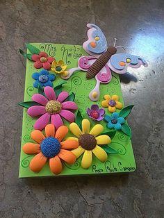 #libro #cuaderno #foami #martiposa #flor # flores Kids Crafts, Foam Crafts, Diy Home Crafts, Arts And Crafts, Scrapbook Cover, Diy Scrapbook, School Decorations, Paper Cards, Flower Crafts