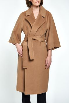 Don't wait for the rain: this effortless trench coat is perfect to throw on to complete almost any look. From Badgley Mischka. Raincoats For Women, Outerwear Women, Stylish Coat, Duffle Coat, Wrap Coat, Womens Parka, Belted Coat, Cashmere Wool, Winter Coats Women