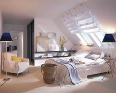 Tek hayalim çatı katı olan bi ev ve böyle yatak odası :)