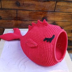 Gato Crochet, Crochet Toys, Knit Crochet, Crochet Stitches, Crochet Patterns, Dog Sweaters, Pet Beds, Handmade Clothes, Embroidery Thread