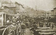 """Many of us have heard of """"Deadwood"""", in part due to the successful American Western television series by the same name, created, produced and largely written by David Milch. The show is set in th. Deadwood South Dakota, Old West Town, Old West Photos, Somewhere In Time, Le Far West, Mountain Man, Ghost Towns, The Good Old Days, Vintage Photos"""