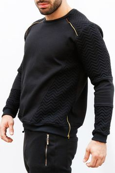 Sweater negro acolchado by IAN – urbanwear.co