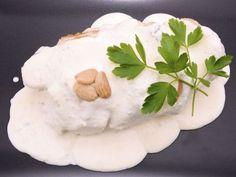 Receta | Pechuga de pollo con salsa de almendras - canalcocina.es