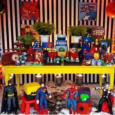 Festa Super Heróis. Por @celebratebels #blogencontrandoideias #fabiolateles #encontrandoideias