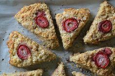 Bakeaholic Mama: Oatmeal Strawberry Banana Scones