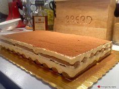 Το TIRAMISU της Λουΐζας #sintagespareas Greek Desserts, Party Desserts, Greek Recipes, Dessert Recipes, The Kitchen Food Network, Sweet Pastries, Pie Cake, Food Network Recipes, Sweet Tooth