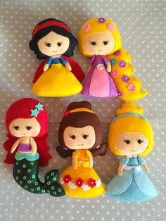 Felt dolls - Felt doll pattern PDF sewing pattern to make a felt doll inspired in Snow White Nursery Decor Kids gift Doll stuffed pattern Doll tutorial – Felt dolls Felt Doll Patterns, Sewing Patterns For Kids, Sewing Projects For Kids, Sewing For Kids, Sewing Ideas, Felt Animal Patterns, Felt Crafts Patterns, Sewing Art, Pattern Sewing