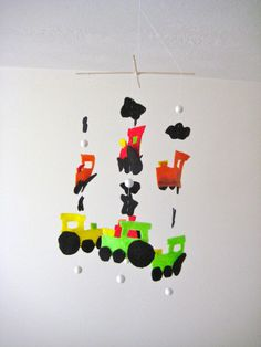 Felt Train Mobile #baby #nursery