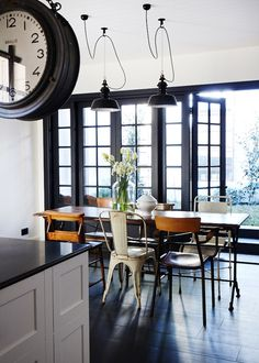 INTERIOR, INTERIOR DESIGN, HOME DECOR, DECORATING, KITCHENS, BLACK AND WHITE, MISMATCHED CHAIRS
