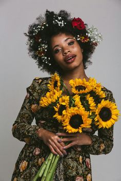 Flowers photography studio beautiful 54 Ideas The post Flowers photography studio beautiful 54 Ideas appeared first on Diy Flowers. Portrait Photography, Fashion Photography, Photography Flowers, Photography Outfits, Photography Tips, Pretty People, Beautiful People, Foto Top, Beautiful Black Women