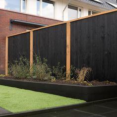Modern Backyard, Backyard Landscaping, Back Gardens, Outdoor Gardens, Garden Beds, Home And Garden, Small Garden Design, Plant Art, Fence Design
