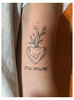 Tattoosrpüche Ideas Women #tattotrends #pinterest #tattoodesign #selfcare #sel ... #face #tattoos #for #women #small #heart Face Tattoos For Women, Tattoos For Women Small, Tattoos For Guys, Paar Tattoos, Neue Tattoos, Inspiration Tattoos, Friend Tattoos Small, Small Tattoos, Cool Little Tattoos