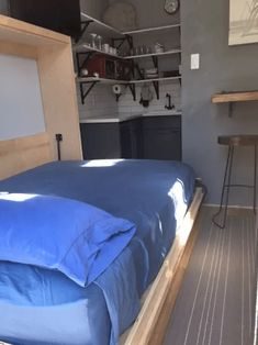 Interior bedroom design ideas from tiny house Los Angeles Tiny House Living, Small Living, House Inside, Creative Home, Home Interior Design, Small Spaces, House Plans, Sweet Home, House Ideas