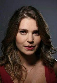 Aslı Enver Turkish Beauty, Turkish Actors, Beauty Women, Beautiful Men, Bollywood, Culture, Film, Celebrities, People