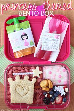 Princess themed bento box and FREE printable #GoGosqueeZSquad [ad]