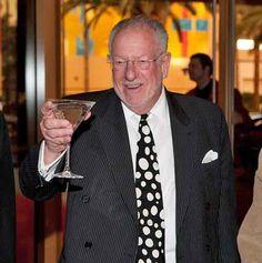 The happiest Mayor on earth... Oscar Goodman!  Former Mob Lawyer