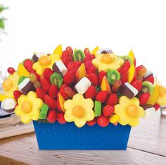 Looking for fruit basket delivery near you? Look no further than Edible Arrangements for delicious fresh fruit baskets for every occasion. Edible Fruit Arrangements, Edible Bouquets, Chocolate Dipped Fruit, Chocolate Art, Chocolate Strawberries, Covered Strawberries, Chocolate Covered, Fruit Basket Delivery, Fruit Gifts