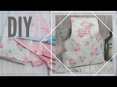 Costura Creativa 🧶Bolsa Porta Ovillos 🧶 Proyectos Fáciles de Costura ~ Knitting Tote Bag TUTORIAL - YouTube Knitted Bags, Ideas Para, Pouch, Tote Bag, Purses, Sewing, Knitting, Diy, Youtube