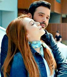 Turkish People, Turkish Actors, Istanbul City, Elcin Sangu, Perfect Boyfriend, Perfect Relationship, Messy Hairstyles, Barista, Beautiful Actresses